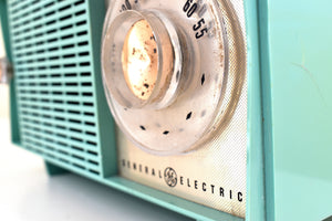 Turquoise 1959 General Electric Model T129 AM Vintage Radio Mid Century Retro Wonder!