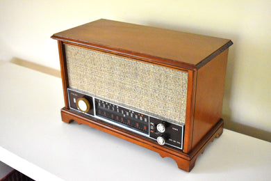 Fine Solid Wood Cabinetry Mid Century 1963 Zenith Model K731 AM FM Vacuum Tube Radio Excellent Condition Stellar Sounding!