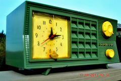 SOLD! - March 8, 2014 - GUMBY GREEN Vintage Atomic Age 1955 Admiral 5S38 Tube AM Radio Clock Alarm Works! , Vintage Radio - Admiral, Retro Radio Farm  - 2
