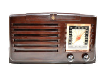 Load image into Gallery viewer, Umber Brown Bakelite 1940 Emerson Model 333 AM Tube Radio Sounds Marvelous!