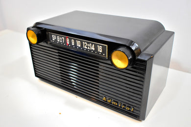 Chalcedony Black 1952 Admiral 5G35N AM Tube Radio Mid Century Appeal in Spades!