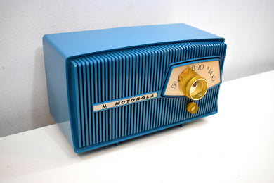 Cobalt Blue 1960 Motorola Model A9B Vacuum Tube AM Radio Mint Condition Little Screamer!