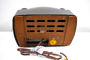 Hippo Brown Bakelite Vintage 1946 Philco Model 46-420 AM Radio Flawless and Sounds Amazing!