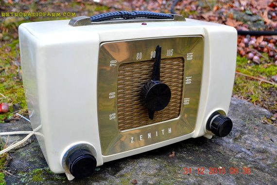 SOLD! - Sept 18, 2016- BLUETOOTH MP3 READY - White Chocolate Retro Mid Century Deco Vintage 1951 Zenith H615 AM Tube Radio Sounds Great!