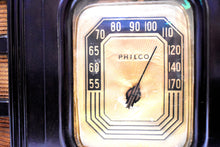 Load image into Gallery viewer, Espresso Brown Bakelite 1938 Philco Model 38-12CB Vacuum Tube AM Radio Sounds Great Awesome Condition!