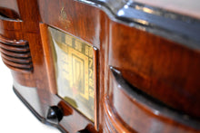 Load image into Gallery viewer, Highly Figured Burl Wood 1940 Emerson Model 376 Vacuum Tube AM Radio Refinished and Restored Top To Bottom!