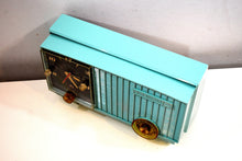 Load image into Gallery viewer, Sea Foam Green 1957 Vintage RCA Victor 3RD-35 Vacuum Tube AM Clock Radio Works Great Looks Great!