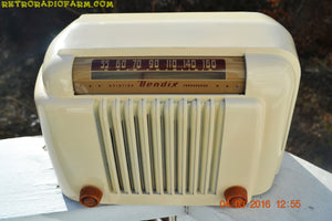 SOLD! - Apr 15, 2016 - CLASSIC 1947 Ivory Bendix Aviation Model 526A Bakelite AM Tube AM Radio Totally Restored! , Vintage Radio - Bendix Aviation, Retro Radio Farm  - 8