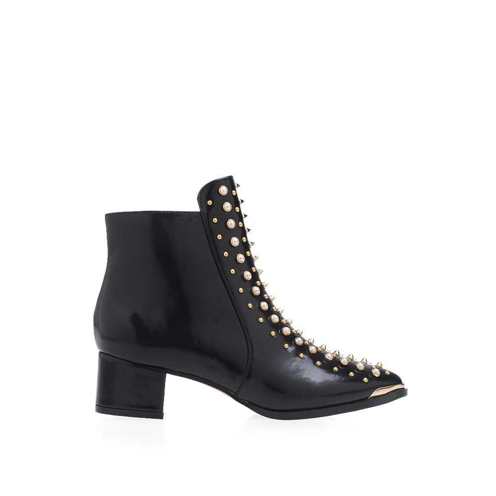 b9c671889bb5 https://privilegedshoes.com/ daily https://privilegedshoes.com/products ...
