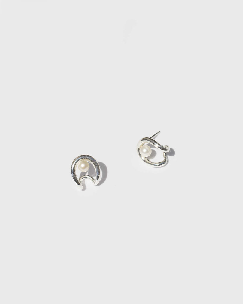 Oyster Earrings with Pearl