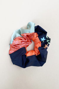 SCRAP SCRUNCHIE