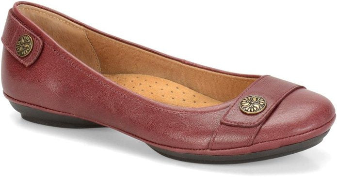 6ad961bdee39 Softspots Women s Satara Slip On – Model Shoe Renew