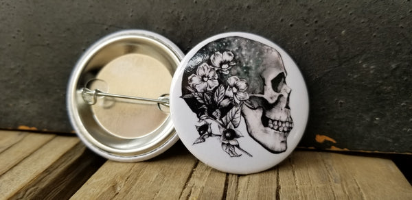Poisonous Plants Skull Pin