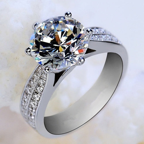 Hot Sale Zircon Inlaid Ring Luxury Silver Plated Alloy Finger Ring Jewelry