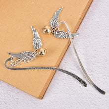 Load image into Gallery viewer, 2pcs Vintage Bookmarks Alloy  Cute Cat Metal Hollow Bookmark Vintage Bookmark Gift Handmade DIY Alloy Jewelry