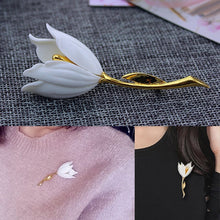 Load image into Gallery viewer, 3 Colors 1pc Tulip Flower Brooch Girl Gorgeous Flower Brooch Women Fashion Accessories