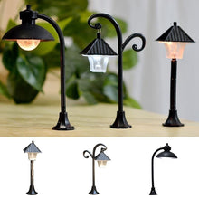 Load image into Gallery viewer, Resin Craft Micro Landscape Home Decor Fairy Garden Miniatures Street Lamp Figurine Streetlight Road Light Model