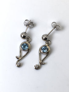 Aquamarine Paisely White Gold Earrings