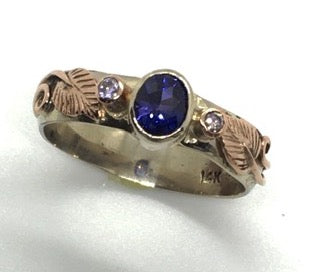 Purple Ceylon Sapphire with Natural Pink Diamonds Ring