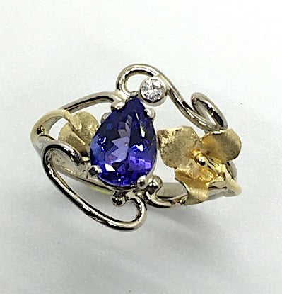 Tanzanite and Diamond Ring with 2 Colors of Gold
