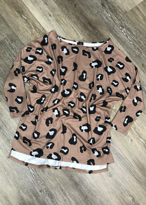 Leopard Crew with High/Low Hem