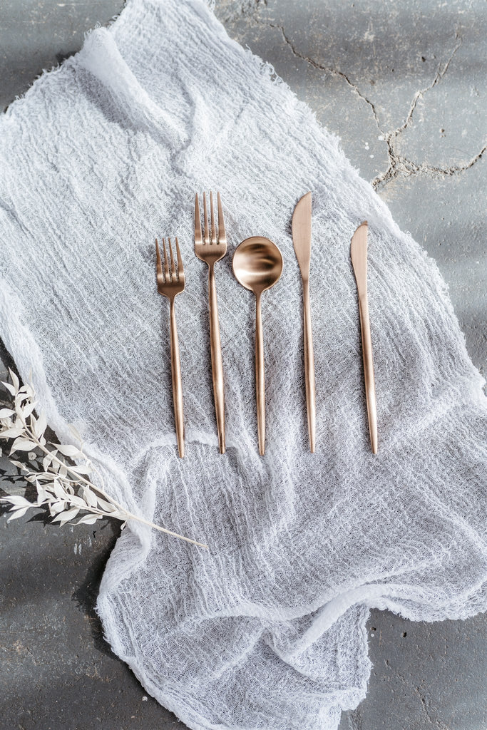 Shanghai Cutlery Bronze Styling Set