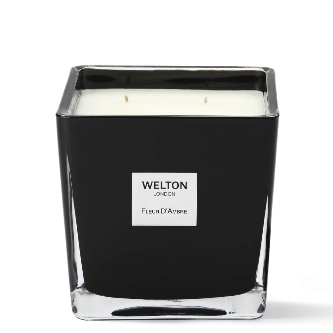 large luxury scented candle black cubic design minimalist style amber floral scent high quality home fragrance to match your interior