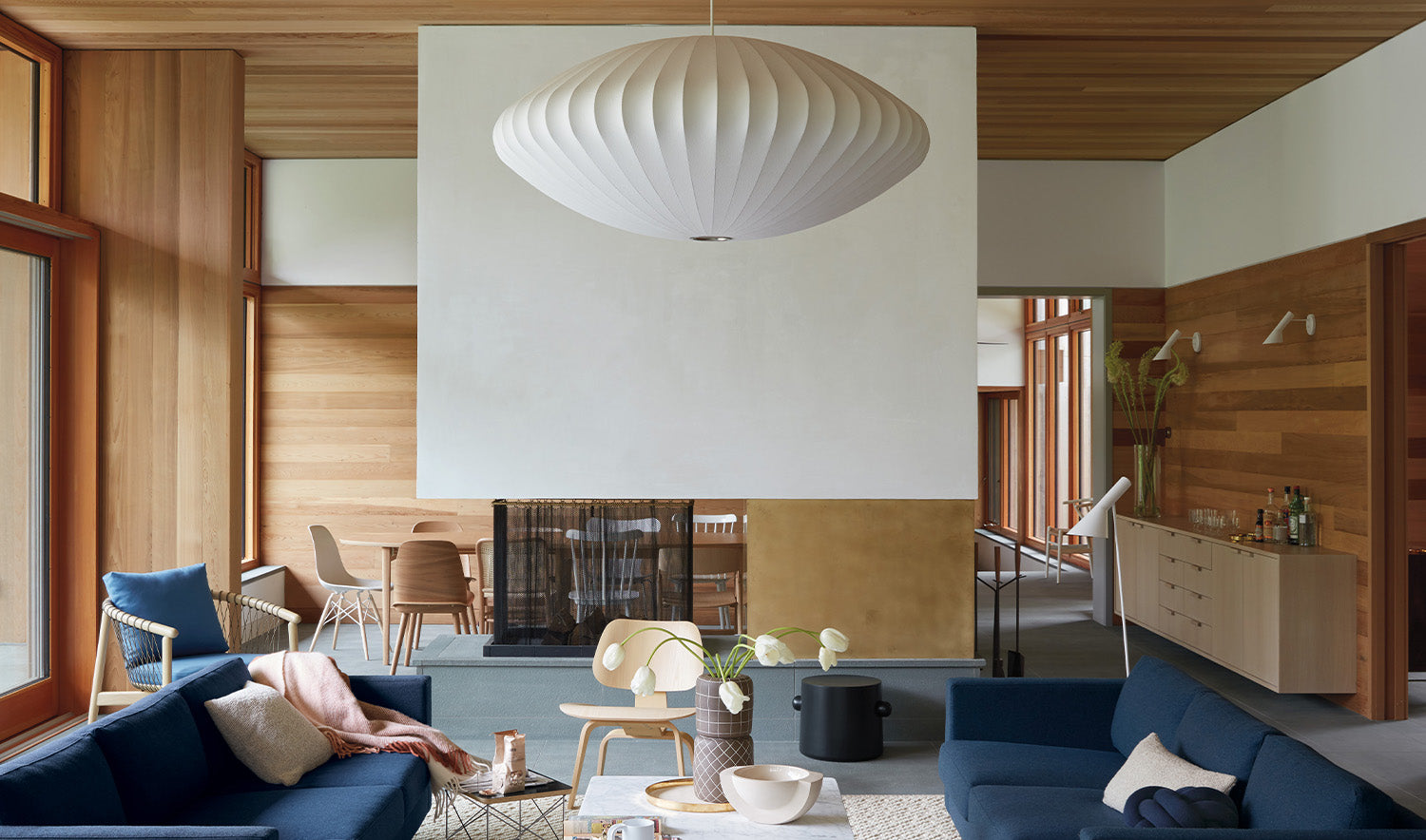 Nelson Saucer Bubble Lamp in a home setting