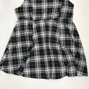 Primary Photo - BRAND: TORRID STYLE: DRESS SHORT SLEEVELESS COLOR: BLACK WHITE SIZE: 5 SKU: 212-21268-5392