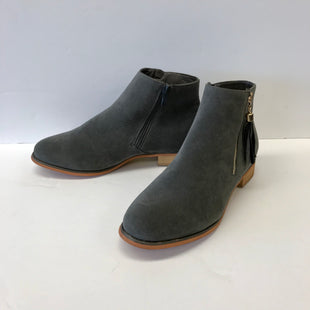 Primary Photo - BRAND: JG COLLECTIONS STYLE: BOOTS ANKLE COLOR: GREY SIZE: 11 SKU: 212-21281-92