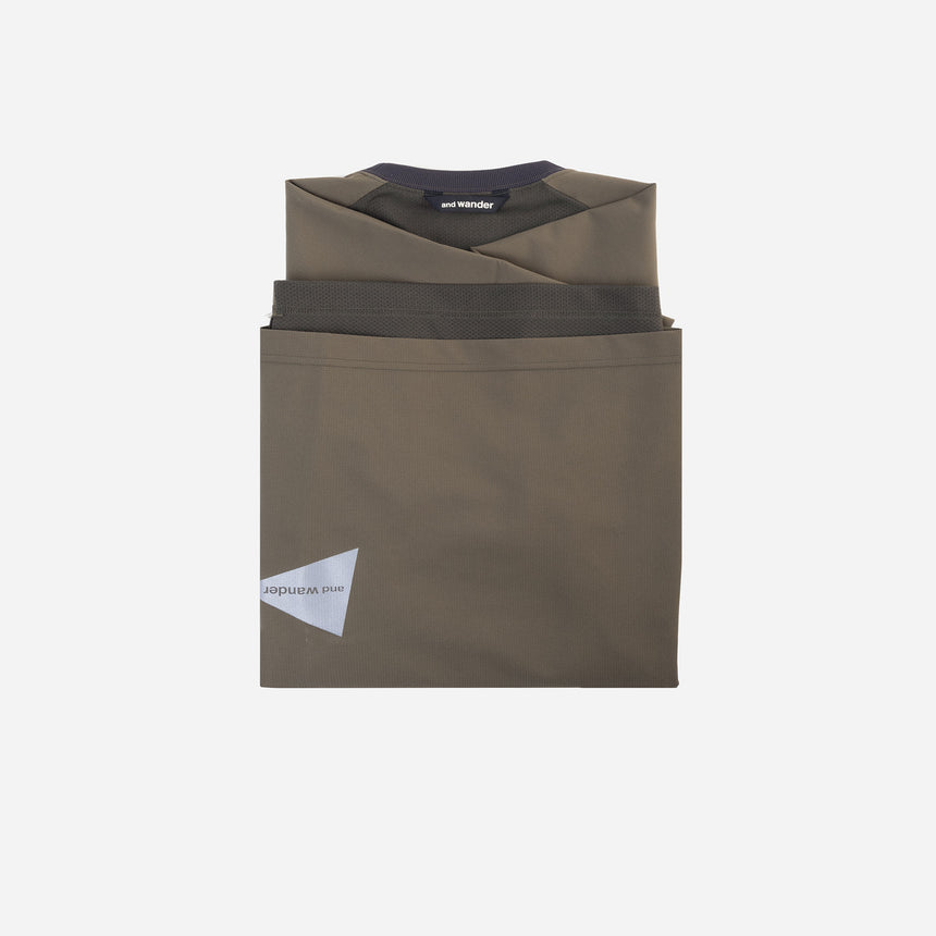 and wander Hybrid Base Layer t-shirt khaki