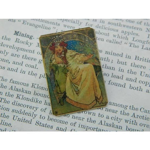 Mucha's Princess Hyacinth Pin