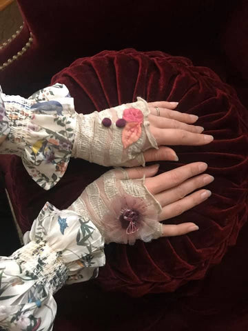 Gossamer Lady Fingerless Gloves