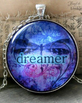 Dreamer Looking Glass Pendant