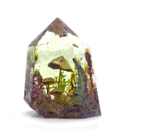 Terrarium Crystal Standing Point