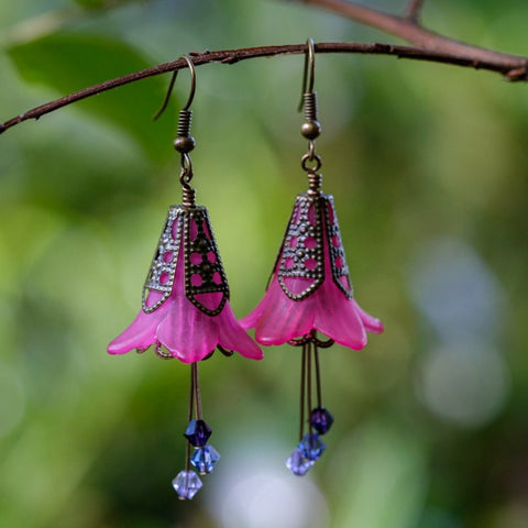 Queen of Hearts Fuchsia Flower Earrings