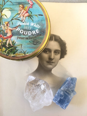 French Face Powder from 1922