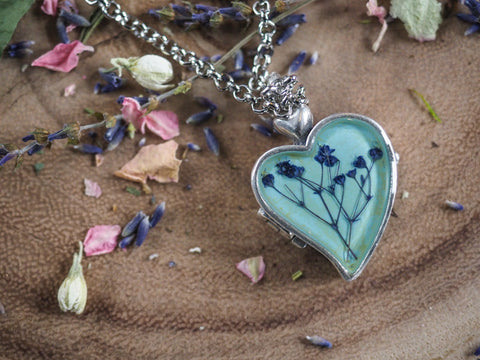 Baby's Breath Blue Heart Locket Necklace 16 inches