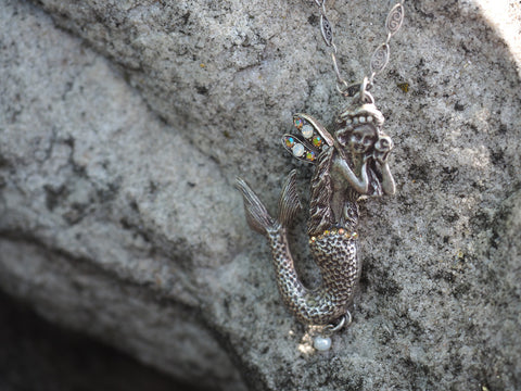 Under The Sea Winged Mermaid Necklace -- Champagne