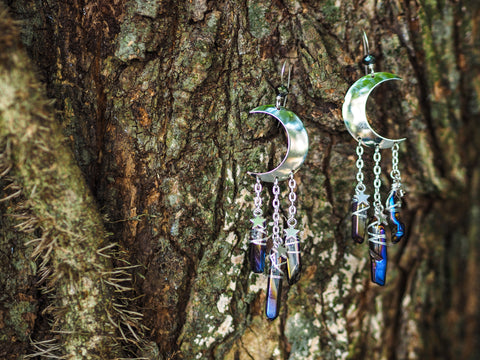 La Lune - Dark of the Moon and Stars Earrings with Iridescent Quartz Points