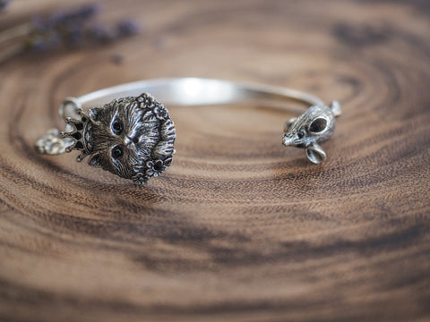 Glamour Kitty and Mouse Bangle in Pewter