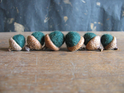 Felted Wool Acorns - Pine Green
