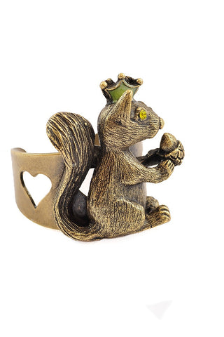 Crowned Squirrel with Nut Ring