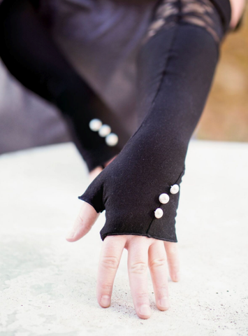 Midwinters Opera Fingerless Gloves