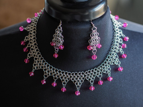 Jewel Collar Chainmaille Necklace & Earring Set -- Pink