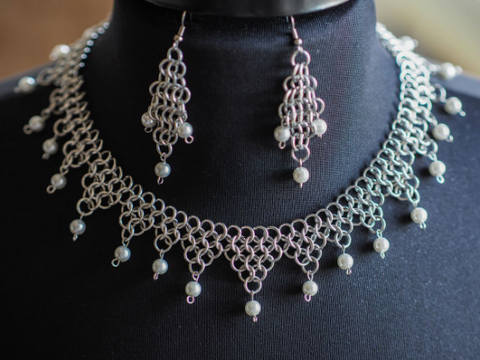 Jewel Collar Chainmaille Necklace & Earring Set -- Faux Pearl
