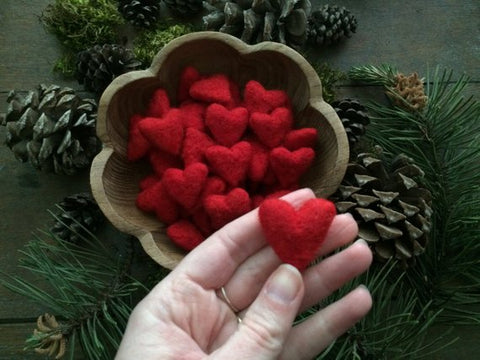 Felted red heart (1)