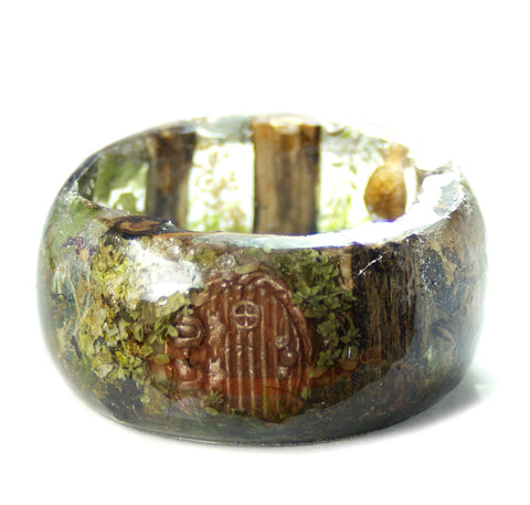 Hobbit Dwelling Resin Bracelet