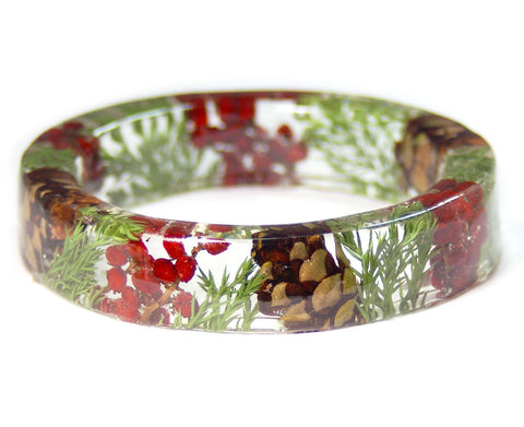 Winter Wreath Resin Bracelet