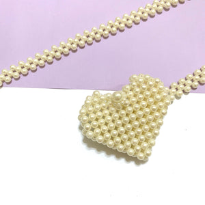 Mini heart beaded bag - pearl white
